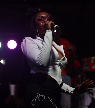 R&B Singer Tink Captivates Crowd at First Outdoor Performance Since Lockdown